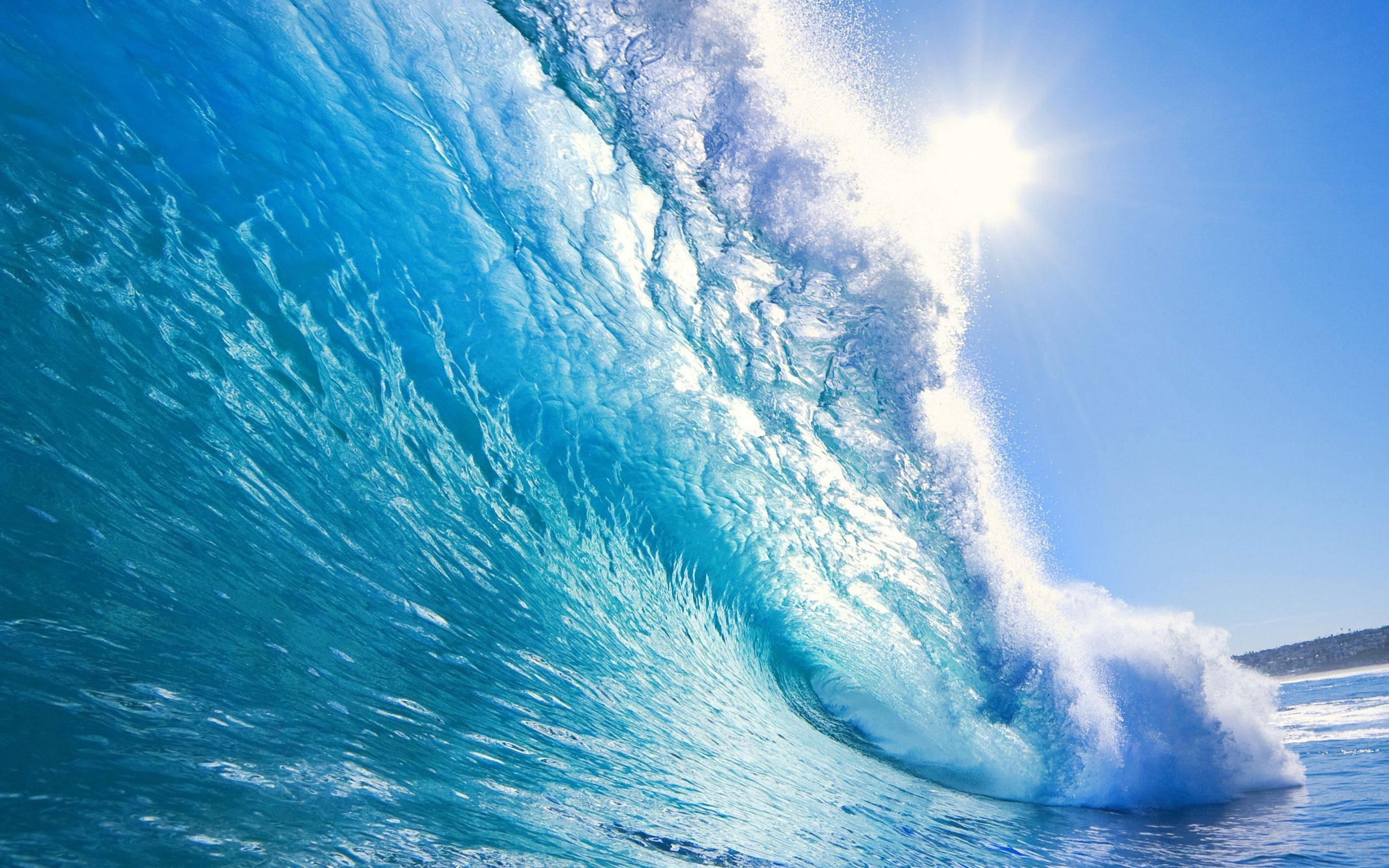 Beach Waves 2560x1600px 746083