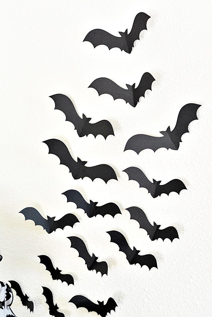 Halloween Ideas Easy Bat Display For Spooky Entryway